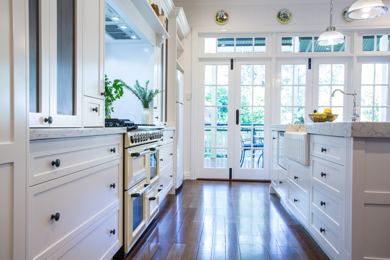 Open Kitchen Cabinet Doors