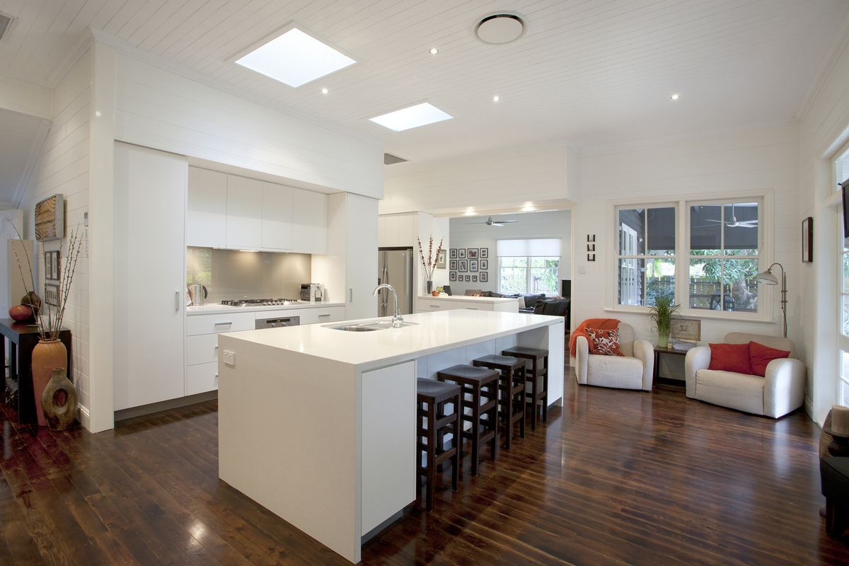 Graceville Modern Kitchen By Makings Of Fine Kitchens